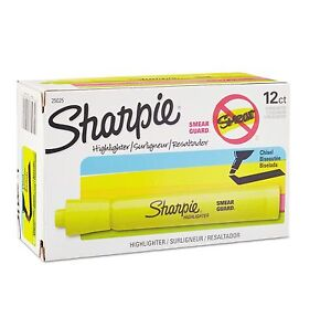 Sharpie Accent Tank Style Highlighter Chisel Tip 12 Count Yellow San25025