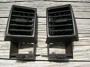 Porsche 968 944 Turbo S2 Black Dashboard Vents Dash Ac A C Air Vents In Black