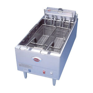 Wells F 1725 Countertop 40lb Twin Basket Electric Fryer