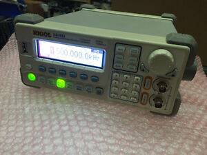Rigol 2 Channel 20mhz Function Waveform Generator Dg1022 Dg 1022