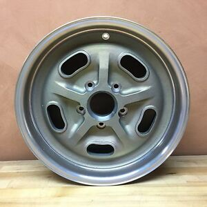 Vintage Engineering Sebring Magnesium Halibrand Replica Wheel