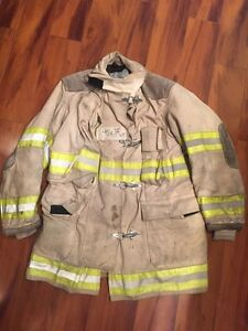 Firefighter Globe Turnout Bunker Coat 40x35 White Vintage Halloween Costume