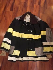 Firefighter Globe Turnout Bunker Coat 48x36 Black Vintage Halloween Costume