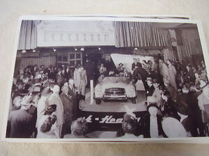 1951 Nash Healy At Auto Show Display Motorama 11 X 17 Photo Picture