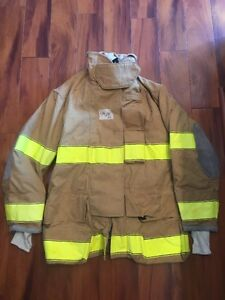 Firefighter Turnout Bunker Coat Globe 49x35 Halloween Costume
