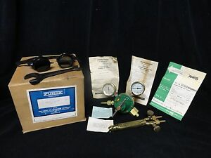 Vintage Purox Oxygen Regulator Torch Glasses Welding n0 34 New