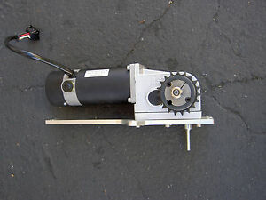 Right Angle Gear Motor 24vdc 141 Rpm Asi Tech A290 03202990 adl290 l 188318 01