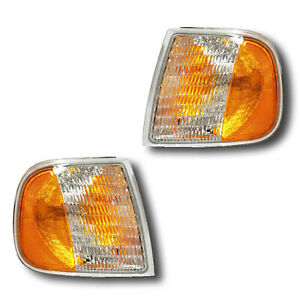 Fits 97 03 Ford Expedition F 150 F 250 Turn Signal Parking Light Assembly 1 Pair