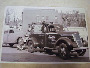 1940 International Tow Truck 11 X 17 Photo Picture