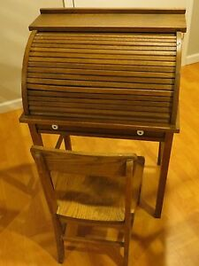Antique Child S Roll Top Oak Desk With Chair