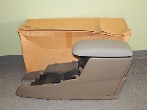 New Oem 2001 2002 Ford Escape Front Center Console High Beige Yl8z78045a36caa