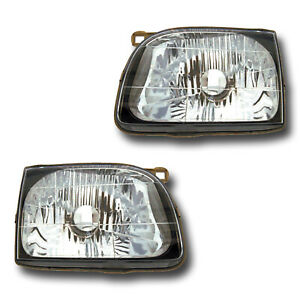 Fits 2001 2004 Toyota Tacoma Driver Passenger Headlight Lamp Assembly 1 Pair