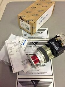 New In Box Eaton Cutler hammer Ht8fbrbv3 Red Emergency Stop Push pull Button