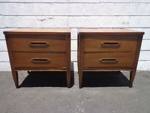 Pair Of Nightstands Hooker Furniture Bedside Tables Mid Century Modern Cabinet
