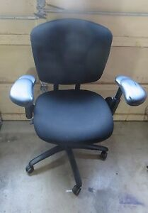 Haworth Ergonomic Keyboard Chair Back Fully Adjustable Model In Black