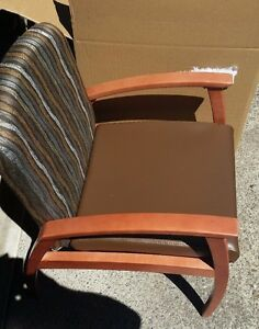 2 Steelcase Mitra Lounge Chairs W wood Arms Coffee Vinyl Brand New
