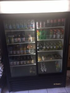 Tru Commercial Glass 2 Slide Door Beverage Merchandiser Refridgerator
