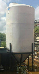 Used 1490 Gallon Cone bottom Tank