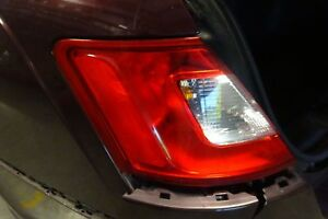 Oem Ford Taurus Drivers Left Quarter Tail Light Lamp 2010 2011 2012