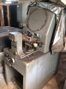 Covel Mfg Co Optical Comparator Model 14a Serial 14a 2840