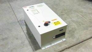 Used Abb Ach550 bcr 012a 4 b055 f267 Enclosed Variable Frequency Drive 7 5 Hp 08
