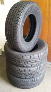 Excellent Set Of 4 Tires Goodyear Assurance Ultra Touring M S P215 70r15 S4