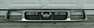 Nissan Frontier Grille Assembly With Nissan Emblem Oem 1993 1997