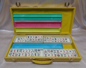 Estate Found Vintage Chinese Mahjong Game In Yellow Suitcase 152 Tiles