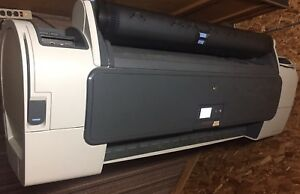 Hp Designjet T770 Color Printer W hard Disk On Stand Cn375a Ch539a 42 Roll