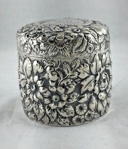 Repousse By Galt Davis Round Sterling Box 2 1 4 Tall