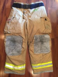 Firefighter Turnout Bunker Pants Globe 44x30 G Extreme Costume 2007