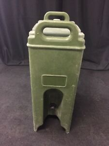 Cambro 500lcd 5 Gallon Hot cold Insulated Beverage Dispenser Camtainer 4 Green