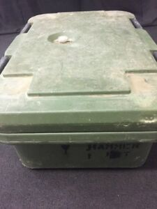 Cambro Camcarrier Food Storage Pan Container Carrier Upcs160 6 Deep 2 W vent