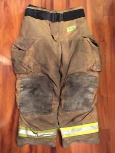 Firefighter Turnout Bunker Pants Globe 40x30 G Extreme Halloween Costume 2006
