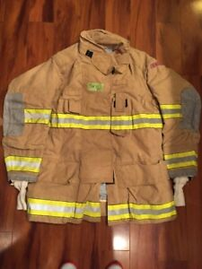 Firefighter Globe Turnout Bunker Coat 50x35 G xtreme Halloween Costume 2007