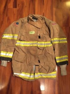 Firefighter Globe Turnout Bunker Coat 40x35 G xtreme Halloween Costume 2011