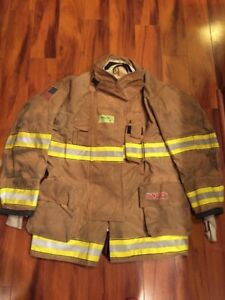 Firefighter Globe Turnout Bunker Coat 48x35 G xtreme Halloween Costume 2015