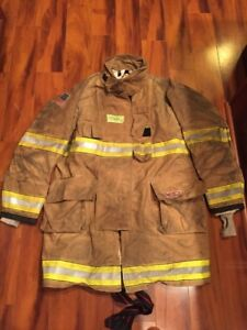 Firefighter Globe Turnout Bunker Coat 49x40 G xtreme Halloween Costume 2014