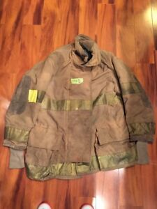 Firefighter Turnout Bunker Coat Globe 52x40 Halloween Costume 1997