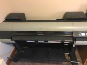 Canon Imageprograf Ipf 8000s 44 Wide Color Printer Lot 46 New Ink Included