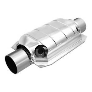 Magnaflow 91066 High flow Catalytic Converter Oval 2 5 In out W Dual O2