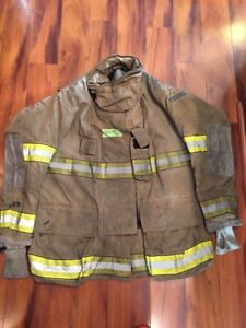 Firefighter Globe Turnout Bunker Coat 50x35 G xtreme Halloween Costume 2006