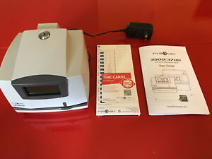 Pyramid 3500 Time Clock Payroll Recorder stamp Working With Keys 50 Cards