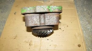 John Deere 1010 Ru Tractor Hydraulic Pump Driven Gear Adapter Plate