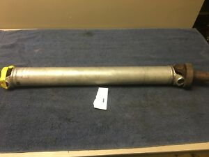 Automatic Drive Shaft W Yoke U Joint Oem 1984 C4 Corvette Dana 36
