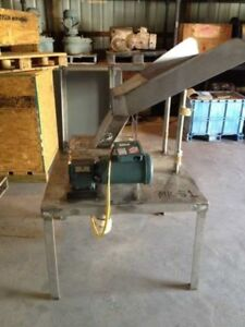 Used Lump Breaker Unit Is Mounted On Stainless Steel Base With A Feed Pan