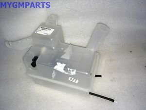 Saturn Vue Windshield Washer Fluid Reservoir Tank 2008 2010 New Oem 19256391