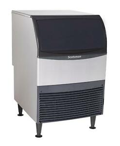 Scotsman Uf424w 1 Undercounter 440lb Water Cooled Flake Ice Maker Machine