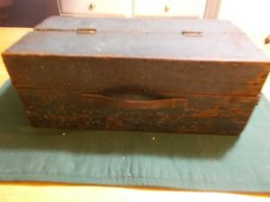 Early To Middle 1900s Wonderful Blue Paint Box With Leather Handle Curved Edges