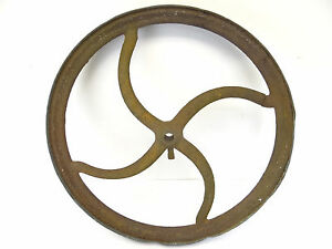 Antique Old Copper Iron Metal Four Spoke Wagon Wheel Part Decorative Outdoor
